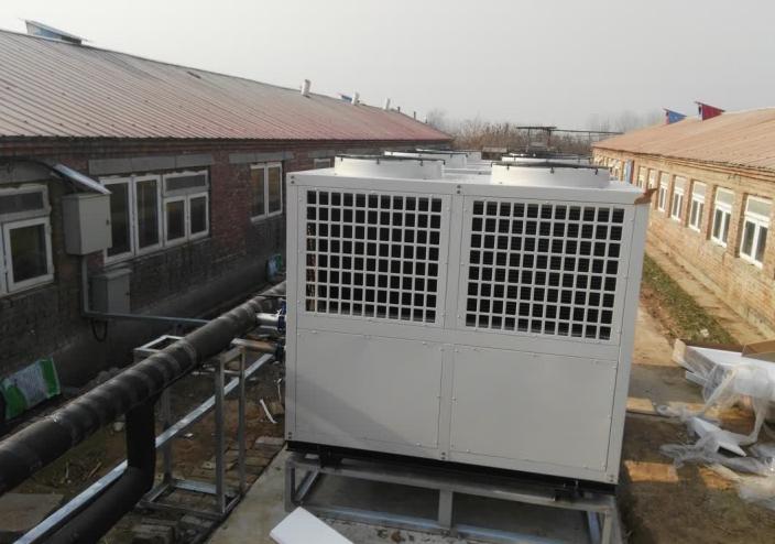 养猪场采用伊蕾科斯lehu66.vip乐虎国际能热泵采暖,收益大大提升!